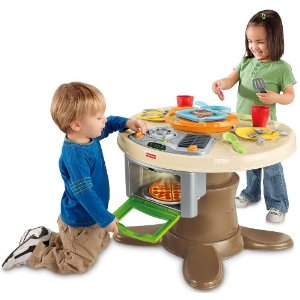 Fisher price servin surprises kitchen & table