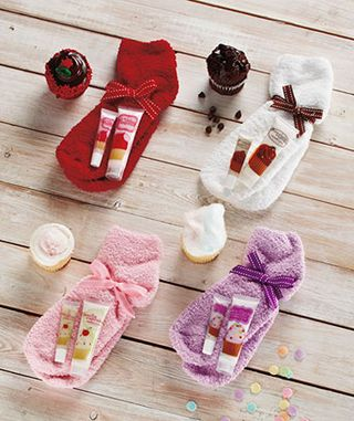 Cupcake cozy sock sets