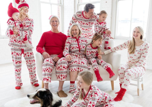 Hanna andersson christmas pajamas 30% off everything